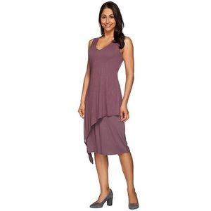 NWOT H by Halston V-Neck Sleeveless Plum Dress